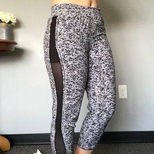 Lululemon jogger pants black and white w/ zippers
